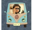 Gyerekszoba dekoráció: Minibuszban mini manó,  gravírozott név - rendszámmal